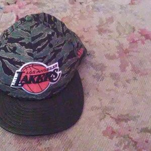 Camouflage LA Lakers hat